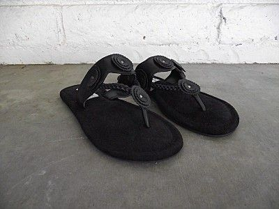 STEVE MADDEN Black Leather Sandals 5 M NEW